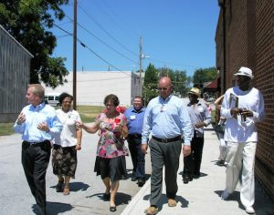 Bruce Green with GA Dept. of tourism leading streetscape assessment walk