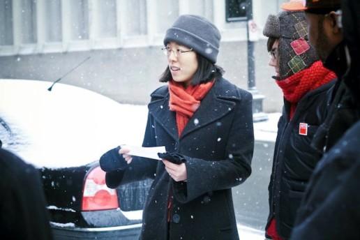 Jun-Li Wang leads an Observation Tour